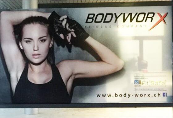bodyworx - express- beschriftung - Zug -Riesen Printmedia - Adliswil